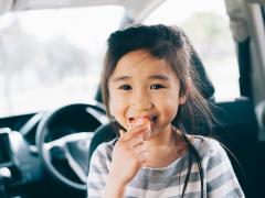 子供が乗る車のシートの汚れ防止・汚れ対策とは
