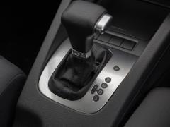 マニュアル車(MT)とオートマ車(AT)の違いとメリット・デメリット