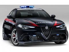 イタリア警察に500馬力オーバーのジュリア登場!