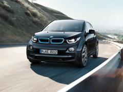 BMW、1充電走行距離を390kmに高めた新型「i3」