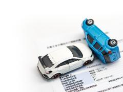 事故を起こしてしまった後の修理や保険の一般的な流れとは