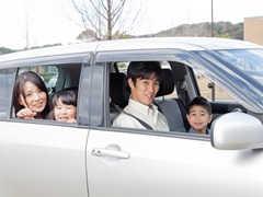 車で食事をする際のポイントと便利グッズ