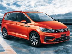 VW、「ゴルフ トゥーラン」に運転支援システム「Traffic Assist」採用