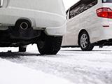 サマータイヤでみぞれや雪道を走ることはできる?